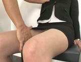 Yuna Shiratori enjoying a hot fuck at the office picture 5