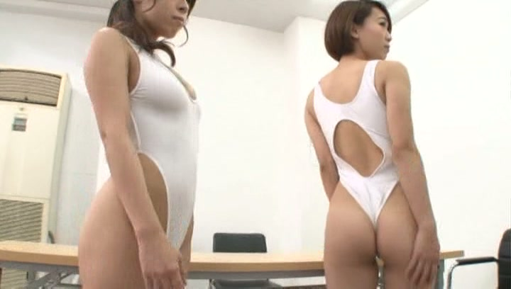 Hot sporty Asian girls get a lesson of banging enjoy cumshot on butts