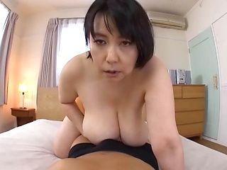 Smashing tit fuck with Japanese mature Misuzu Tomizawa in heat
