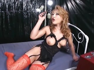 Experienced Asian mature chick gets nasty and shows off her skills