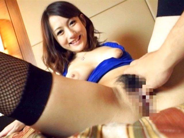 Busty amateur Reon Otoha pleases horny male