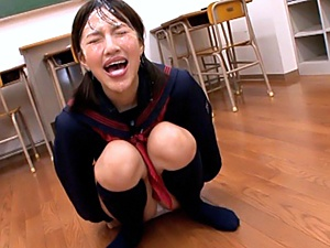 It's all about the cum - jizz addicted Rola Aoyama takes a bukkake
