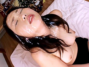 Aya Shiraishi Asian babe japanese bukkake