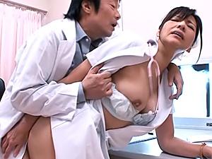 Amazing Asian nurse Chihiro Uehara deepthroats horny doc