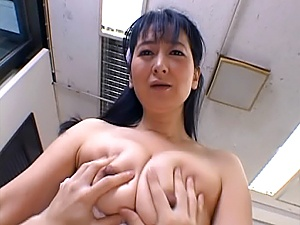 Enticing mature sucks dick and gets her twat plowed
