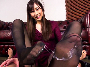 Footjob by a very hot MILF Kotone Amamiya