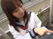 Outdoor blowjob by steamy Akai Momoka