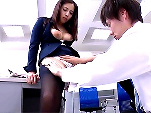 Sexy milf Mukai Ren gets nailed at the office