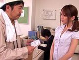 Kaede Matsushima gives on hell of a blowjob  picture 2