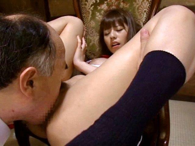 Rina Rukawa wants to get her pussy hole licked