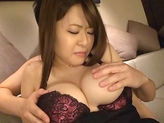 Nagase Satomi amateur Asian milf enjoys masturbation