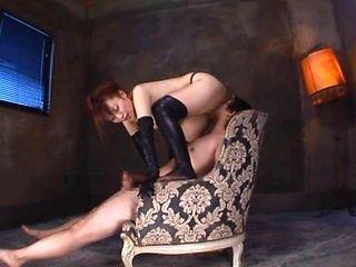 Hana Nonoka hottie has a glamorous round ass