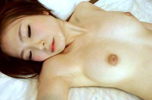 Yuki Kanade feels deep pressure down her cunt