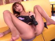 Fingering and facesitting with Aino Kishi