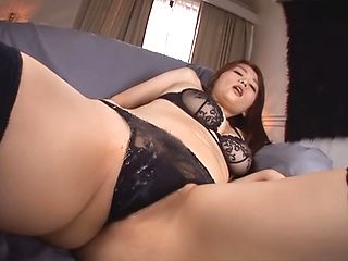 Hana Nonoka hot Asian milf posing nasty in solo masturbation