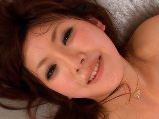 Mint Suzuki is an amazing Asian babe