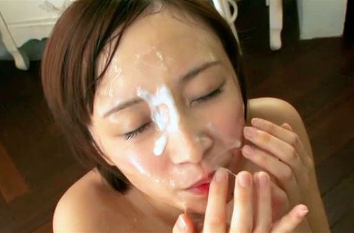 Exquisite Asian redhead Ayumi Kimino gives multiple blowjobs