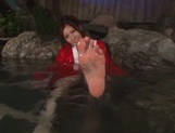 Rin Sakuragi finger fucking her pussy in the water picture 13