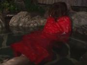 Rin Sakuragi finger fucking her pussy in the water