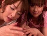 Hot MILF Yukiko Suo performs hand work