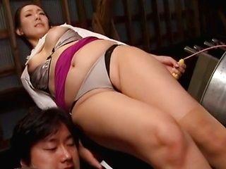Vibrator makes hot MILF Mika Nanase horny