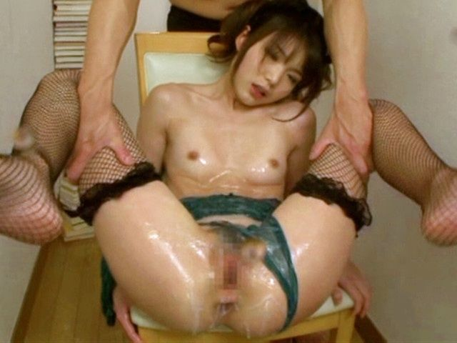Megumi Shino exposes her juicy and wet body