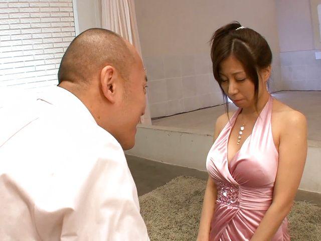 Busty Chihiro Akino enjoys large hard cock