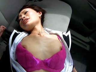 Yuri Aine Japanese office girl has sex in the car