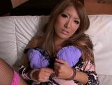 Fingering action with hot MILF Yu Mizuki picture 3