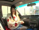 Long-haired model Arina Sakira blows her boyfriend in a car picture 1