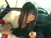 Long-haired model Arina Sakira blows her boyfriend in a car