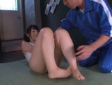Asian Rin Suzume amazes with her soft feet picture 12