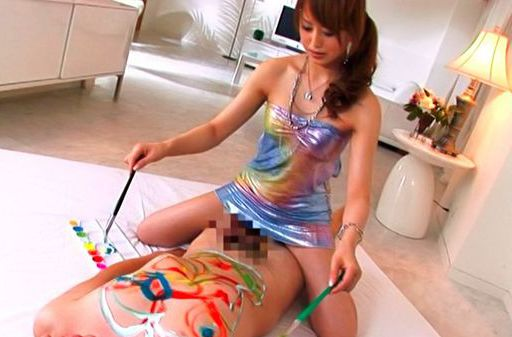 Akiho Yoshizawa Asian doll is having a good time with her guys