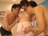 Short-haired angel Minami Aida pleases two guys picture 15