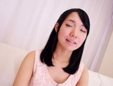 Vibrator makes Asian teen Yonamine Sakura cum