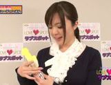 Busty hot MILF Yua Kuramochi uses vibrator