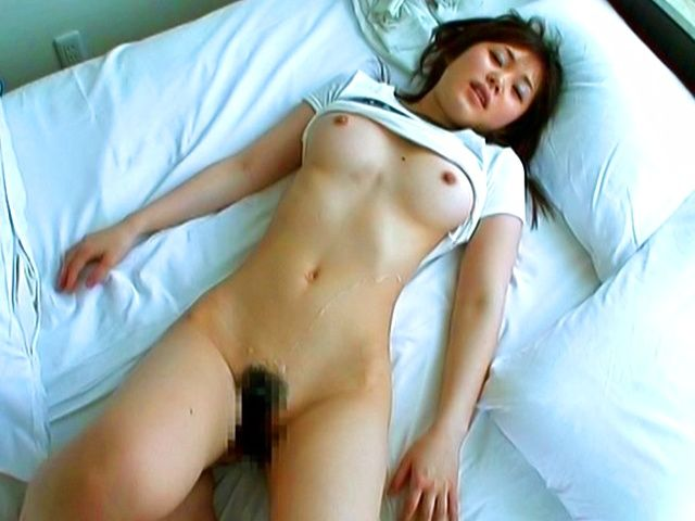 Japanese AV model gets her tits cummed on
