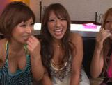 Japanese AV models enjoy slurping cocks!
