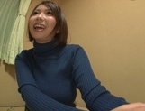 Playful cheerleader Hina Kamikawa strips and enjoys cock in pussy
