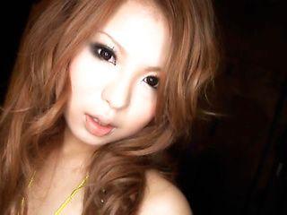 Momoka Sawjiri hot Asian model enjoys showing off her talents