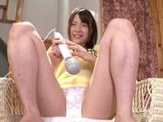 Very sexy Asian AV teen Suzuki Kokoba enjoys masturbation