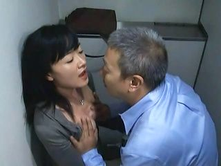Sex with a horny Japanese milf in the toilet