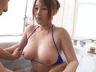 Busty Hikari Arimai enjoys massive masturbation scene