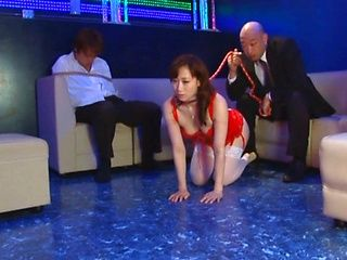 Yuu Kawakami hot Asian milf plays slave girl in mmf