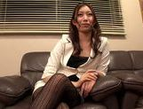 Hot MILF Natsume Inagawa in hot office suit picture 4