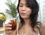 Maria Ozawa Asian MILF gives a hot blowjob