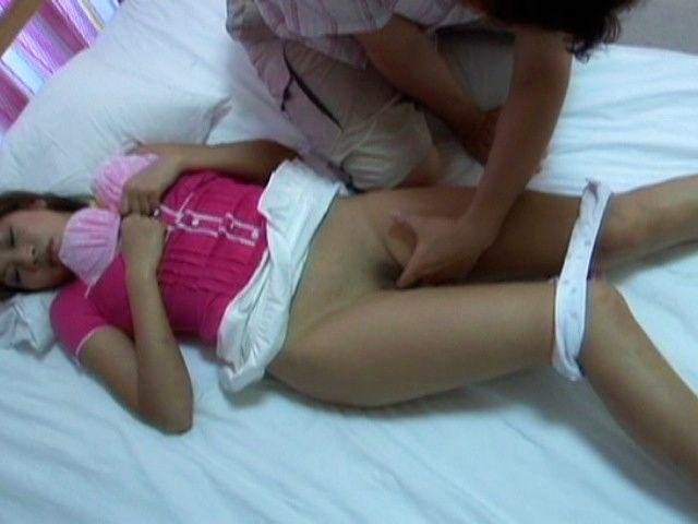 Junna Kawai Pretty Japanese girl has hairless pussy