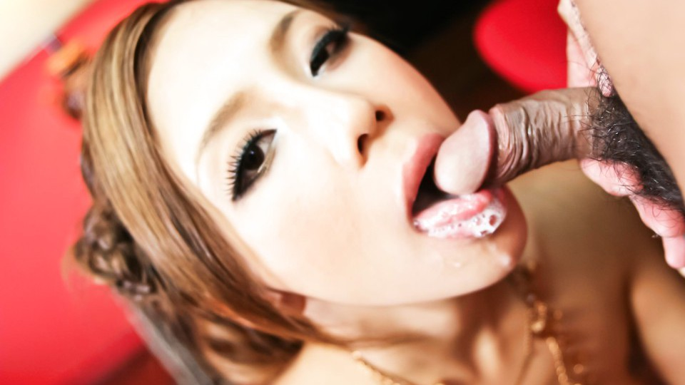 Ramu Nagatsuki Naughty Asian babe enjoys sucking