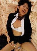 Hikaru Momose Asian schoolgirl has a shaved pussy