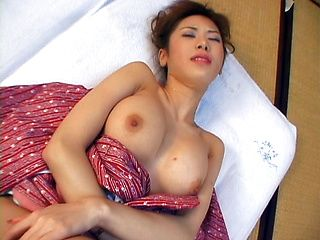 Reimi Kanou Hot Asian model is a juicy chick
